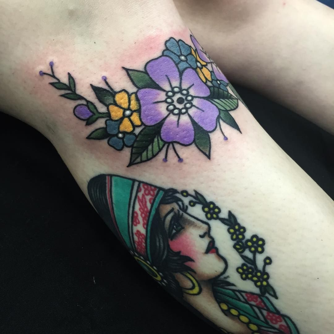 Body Art Below The Knee: Fresh Flowers That Wrap Under Hannah's Knee And A Healed