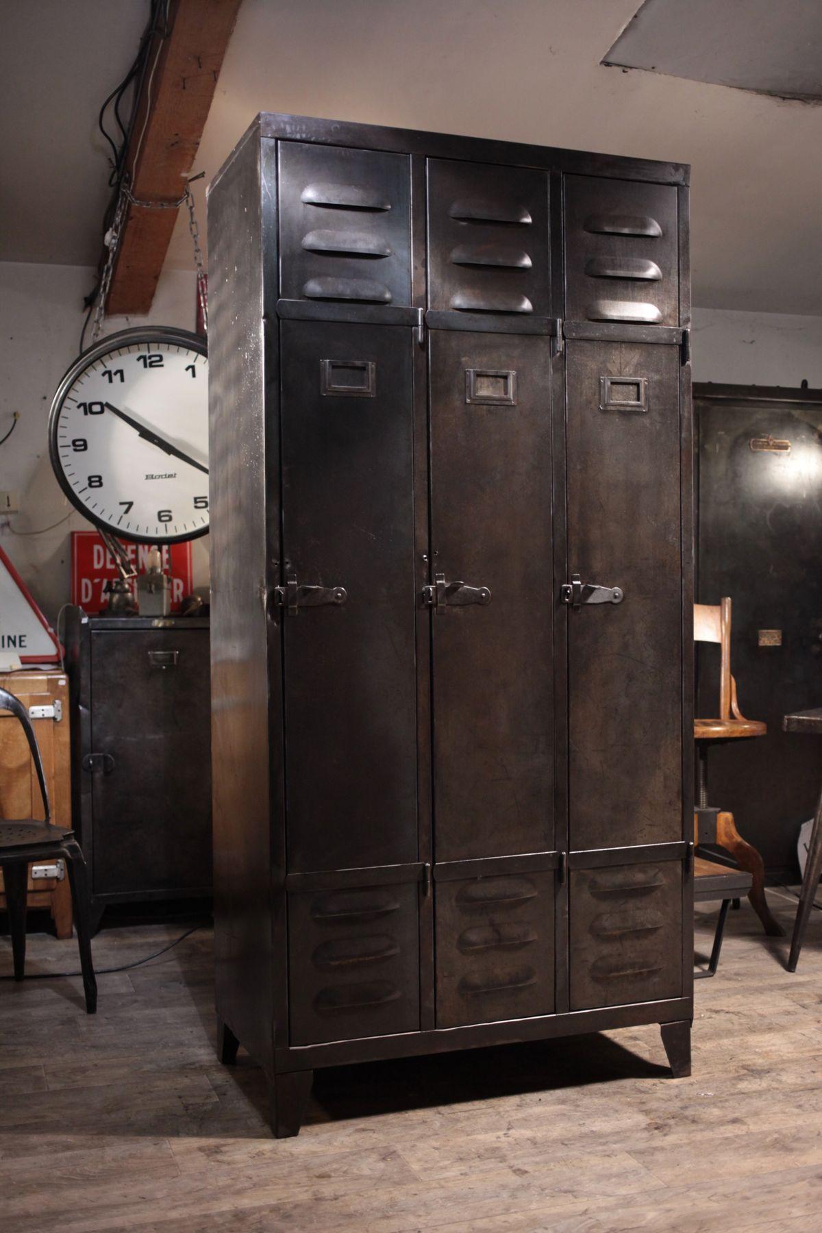 meuble de metier industriel ancien vestiaire en metal 1940 deco loft