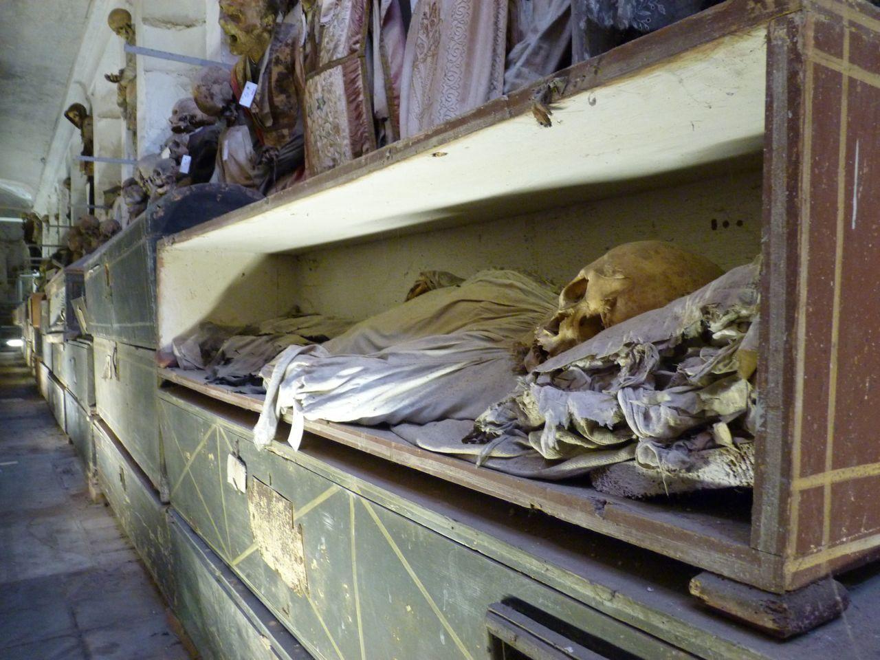 kapuzinergruft palermo mumien rosalia lombardo sch nste mumie der welt der schwarze. Black Bedroom Furniture Sets. Home Design Ideas