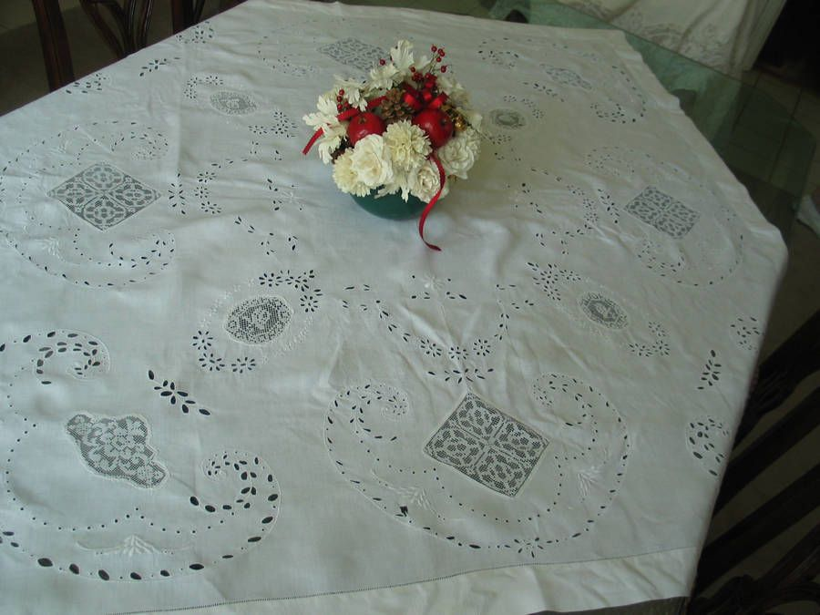 Antique Italian Lace Tablecloth Filet Satin Stitch Ladderwork Hemstitching  Beaut
