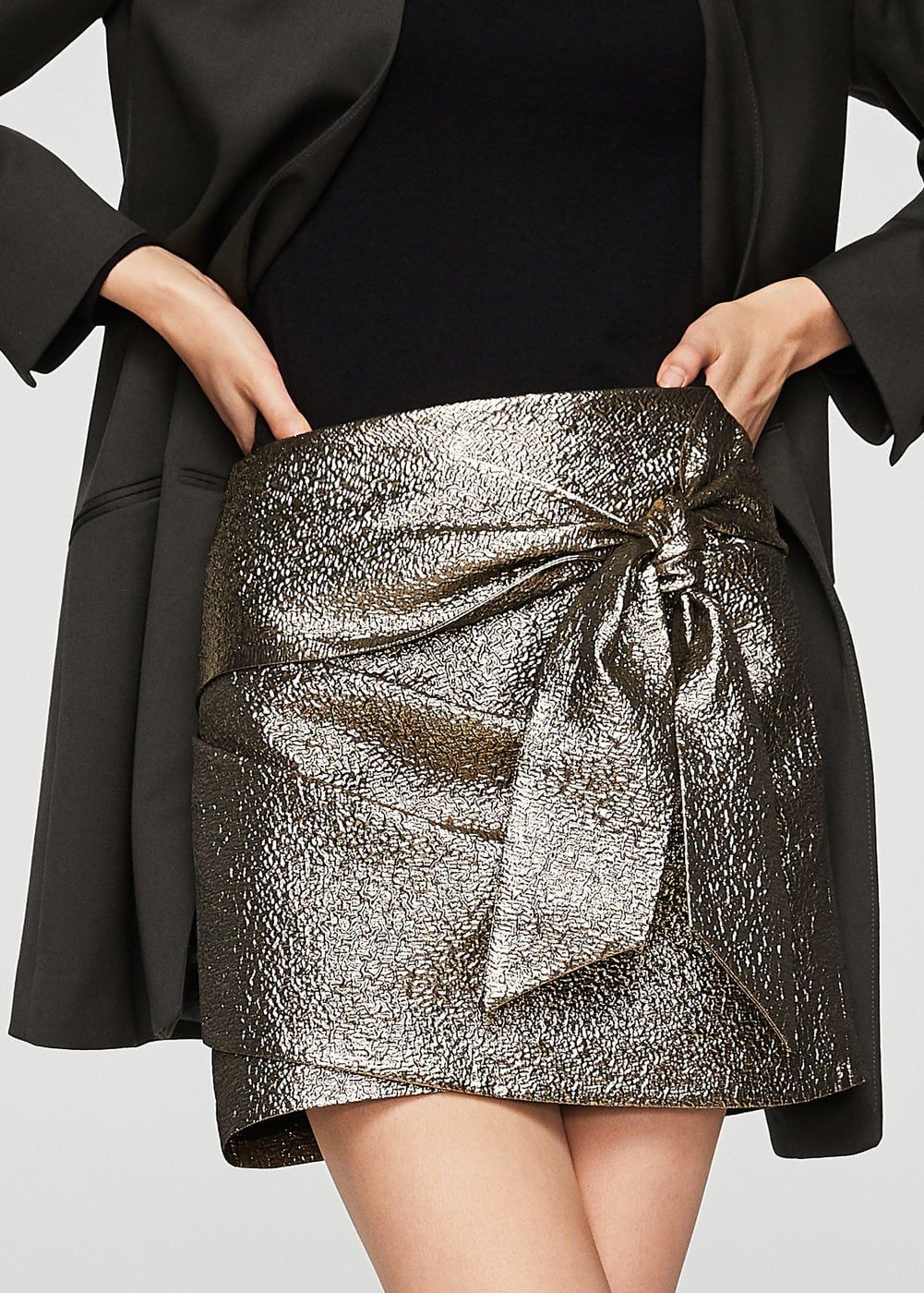 4fe91a20f8db2 Knot metallic skirt - Women   amazing dress   Pinterest   Skirts ...
