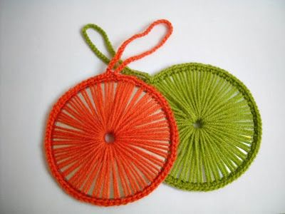 Haak eens rond een cd - crochet around a cd (recycle)