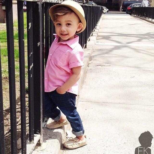 b778d62afc Meninos Estilosos Moda Infantil Masculina  boys Fashionistas do Instagram - Camisa  rosa