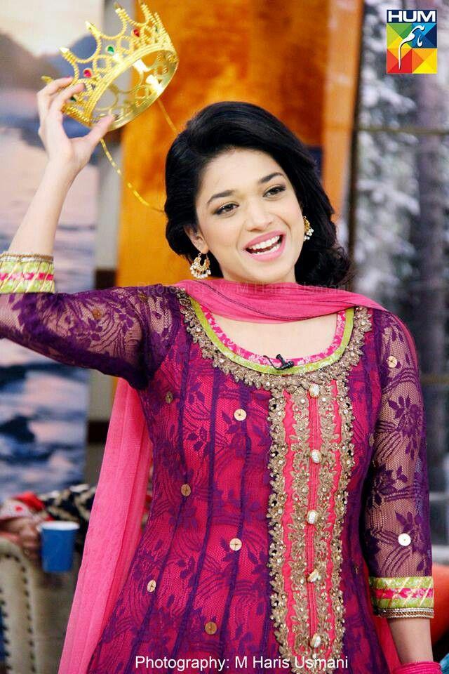 b3aaf469ff Sanam jung..smile!! | Celebs Fashion | Pakistani dresses, Sanam ...