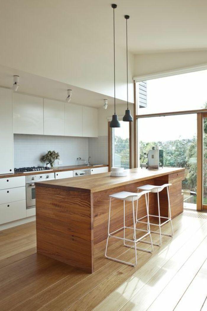 Casa minimalista cocina muebles de madera sillas altas - Casas de muebles ...