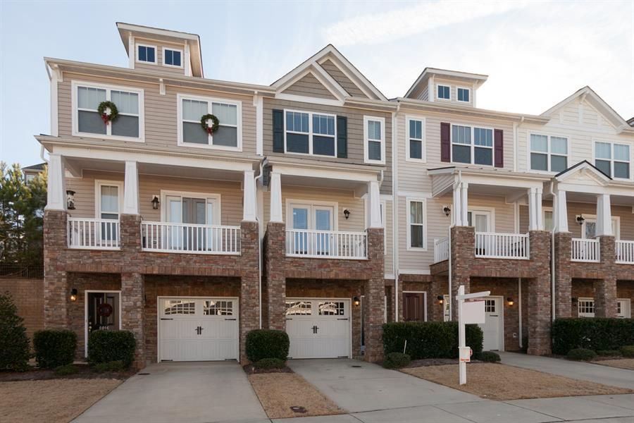 Townhome with garage google search 8 moodboard for Luxury townhome plans