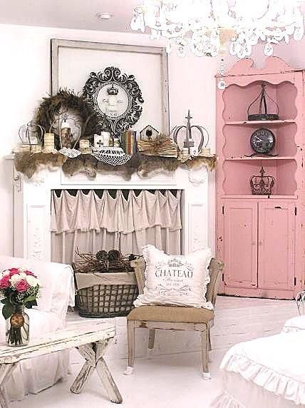 Shabby chic home decor - I Like the Corner Cupboard!