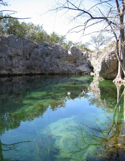 Wimberley Texas This Blue Hole Stays 68 Degrees Year