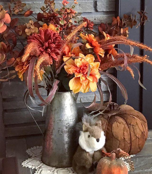 #autumncolors #autumndecor: