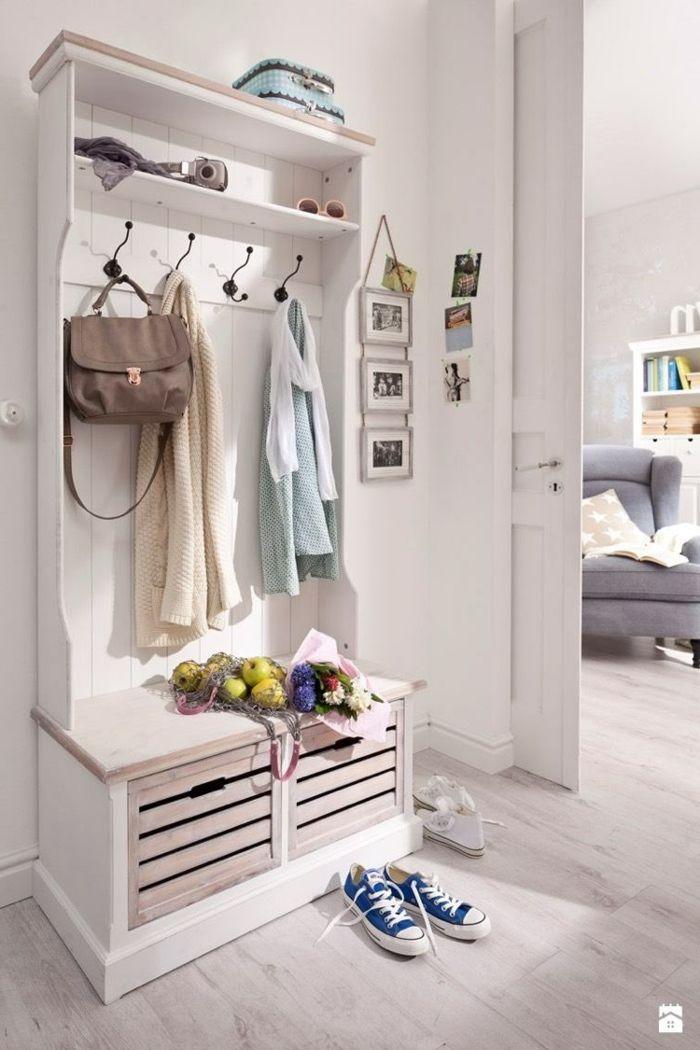 1001 ideas de recibidores originales con encanto - Percheros de pared originales ...