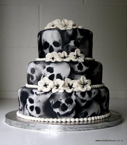 halloween wedding ideas scare up some spooky wedding fun - Scary Halloween Cake Recipes