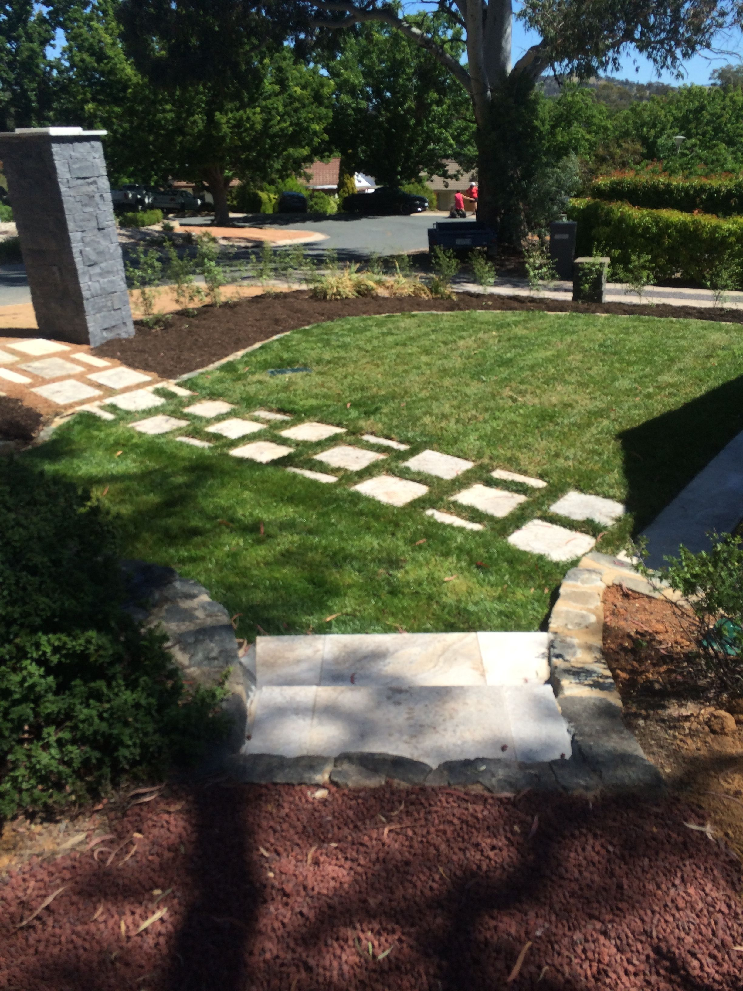Front Yard Steps Stepping Stone Path Stone Letter Box 400 x 300
