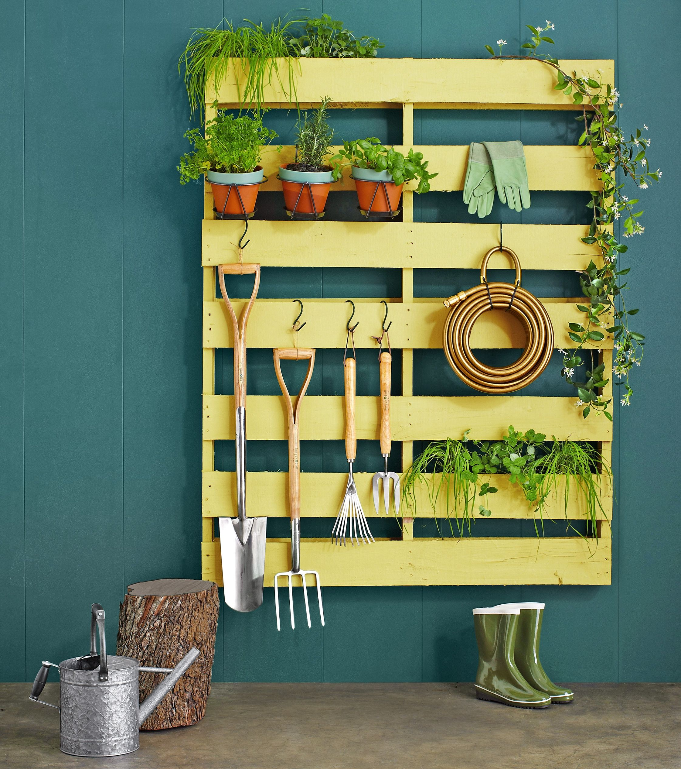 No Need To Spend A Fortune On These: 12 Quick And Clever Home Solutions