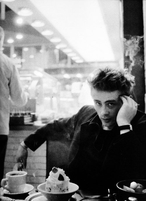 james dean coffee shop life style ber hmte gesichter james dean und m nner gesichter. Black Bedroom Furniture Sets. Home Design Ideas