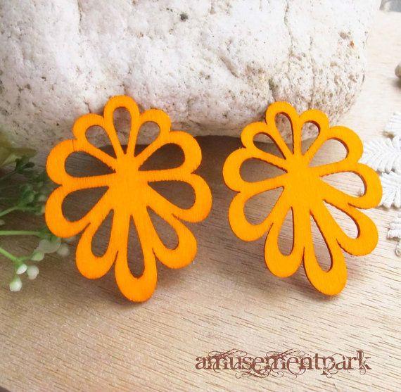 WP10 /  2 Orange / Filigree Wood Flower Pairs for by amusementpark