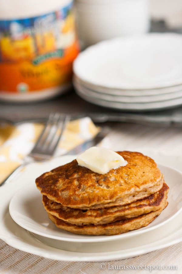 Oatmeal Cookie Pancakes @ laurassweetspot.com