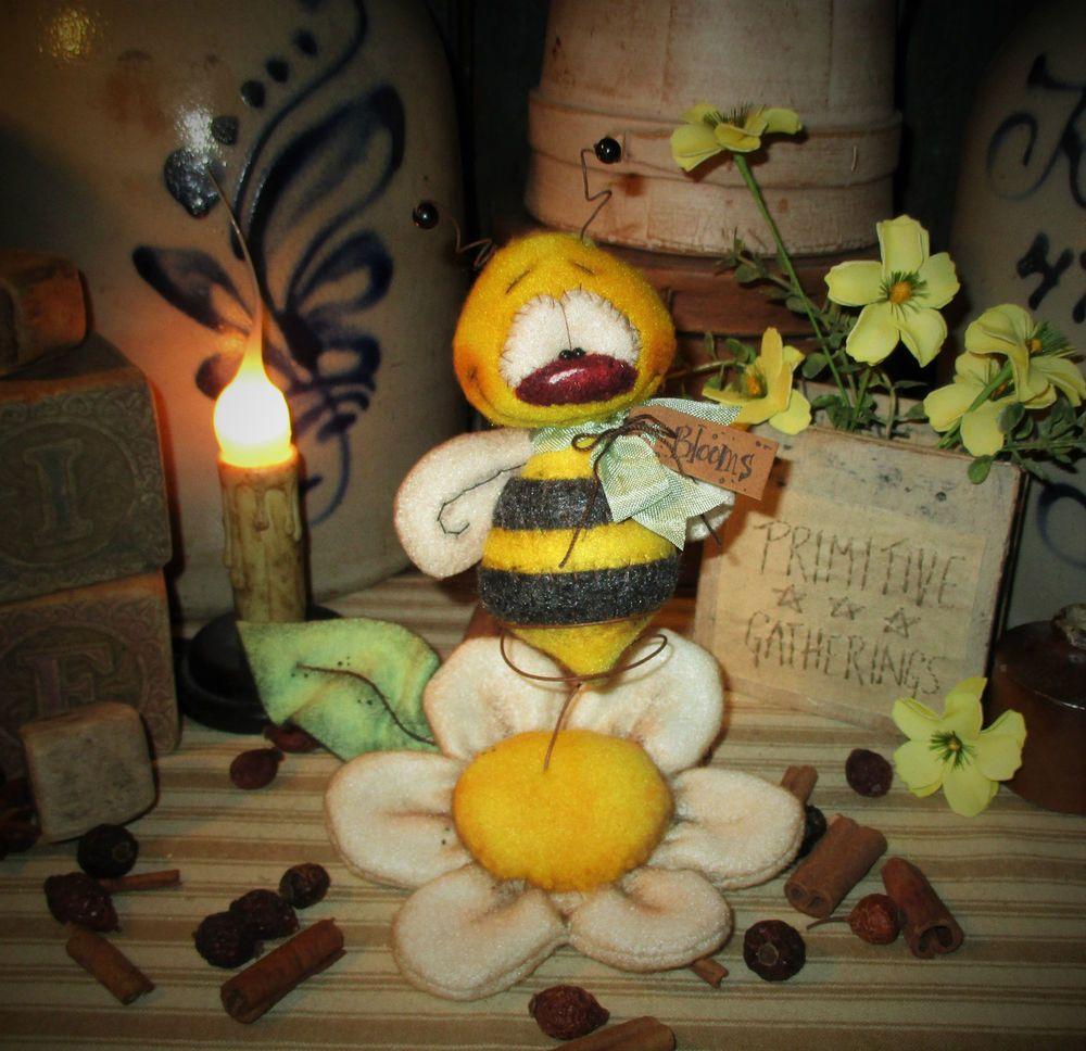"Primitive Bee Flower 6"" Patti's Ratties Garden Ornament Shelf Doll Bear Artist"