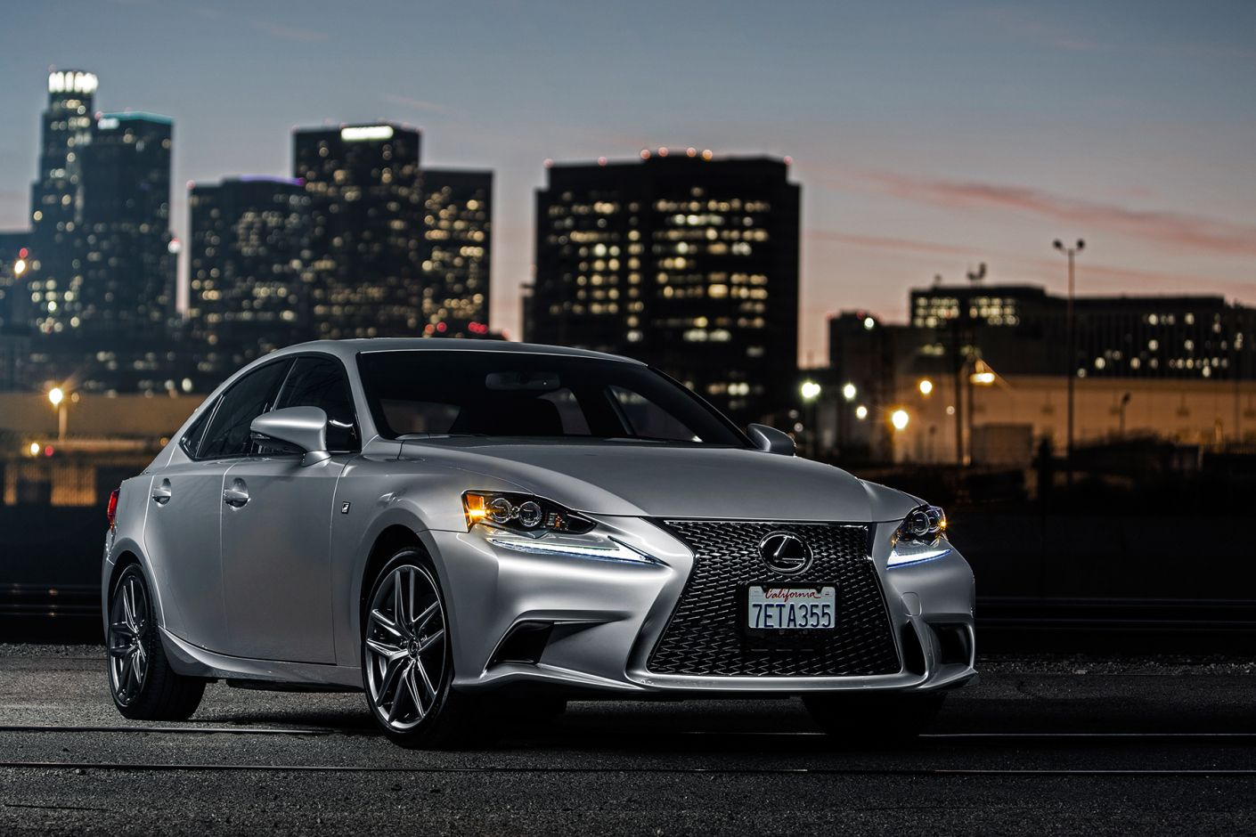 A Closer Look at the 2015 Lexus IS350 F Sport Lexus