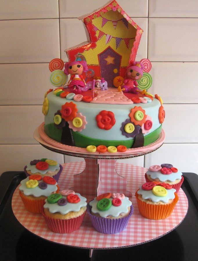 Lalaloopsy cake By Kaatje72 Made this lalaloopsy cake for my