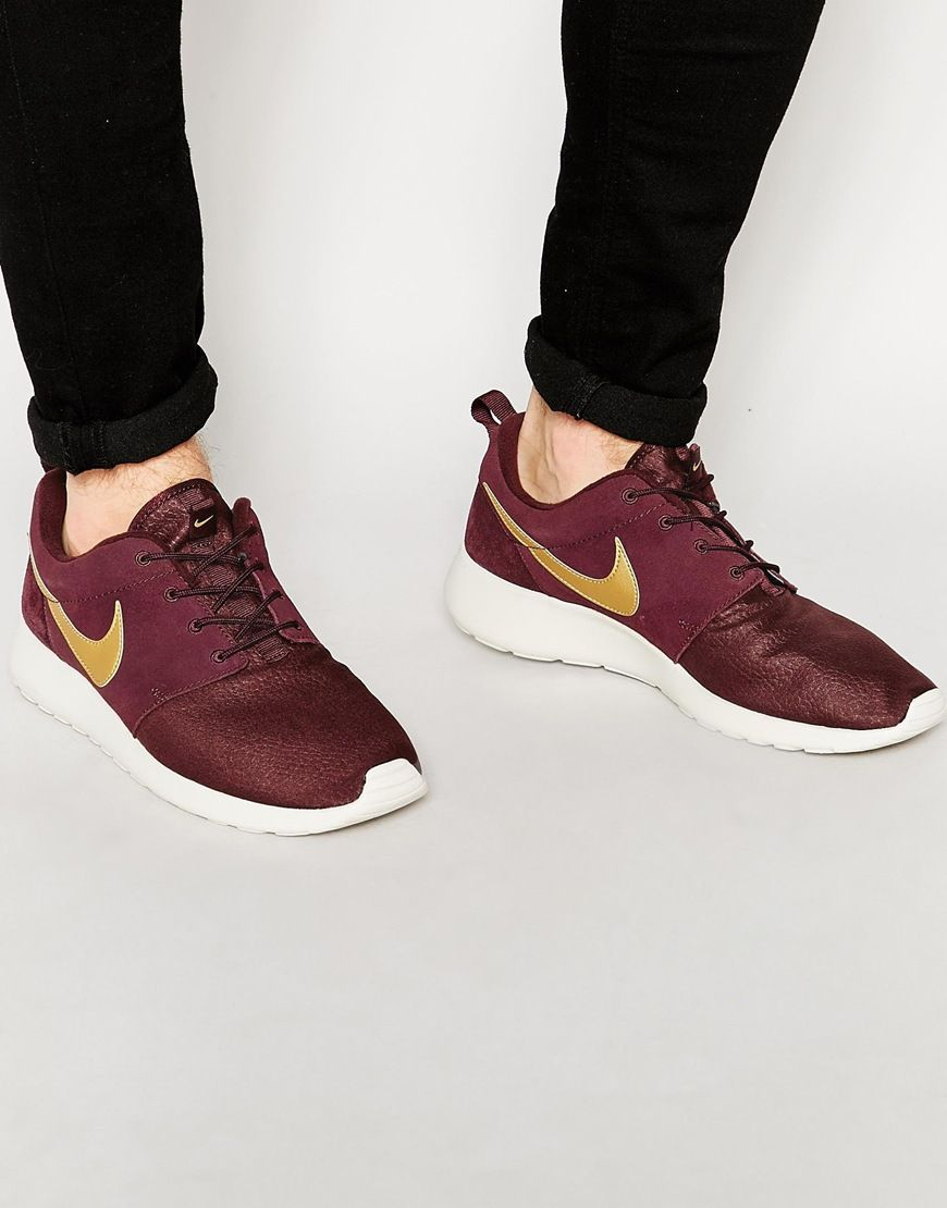 Shop Nike Roshe One Suede Trainers at ASOS.