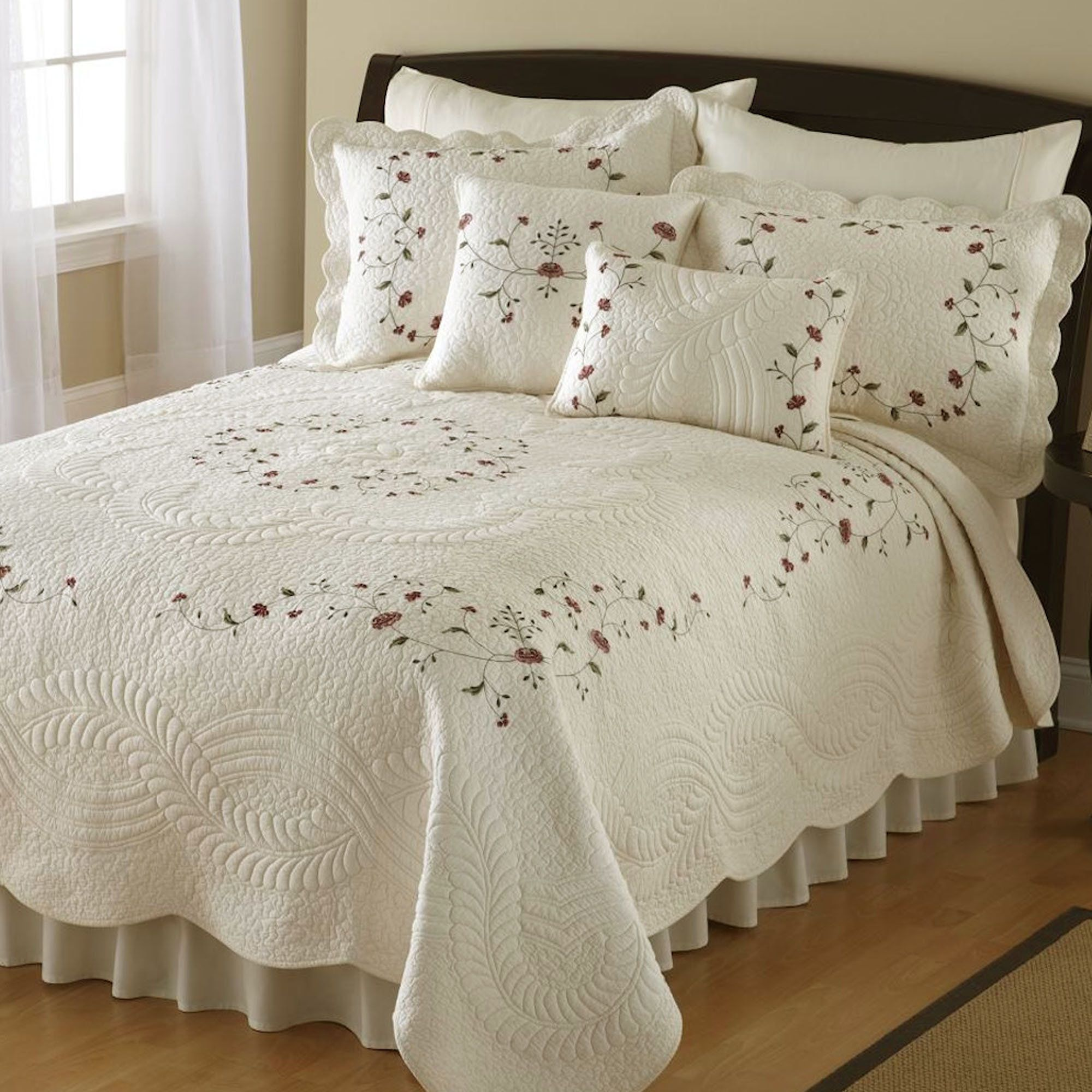 Tatum Embroidered Quilt Pearl