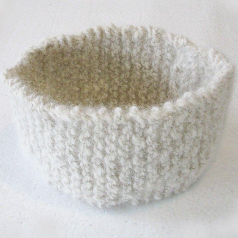 Superbe bandeau en laine canine de couleur blanche. Vendu sur canislana.com. #bandeaulaine