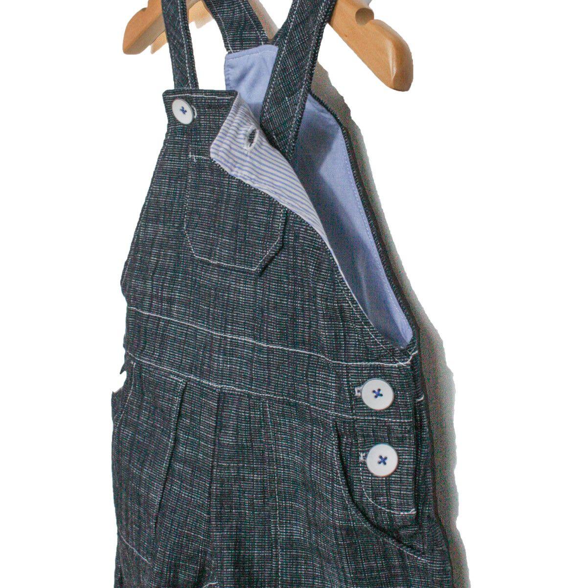 328d8131b0566 Patron de Couture. Bébé Garçon. La salopette longue en jean confortable et  pratique. Un classique de la garde-robe des petits. Coupe droite.