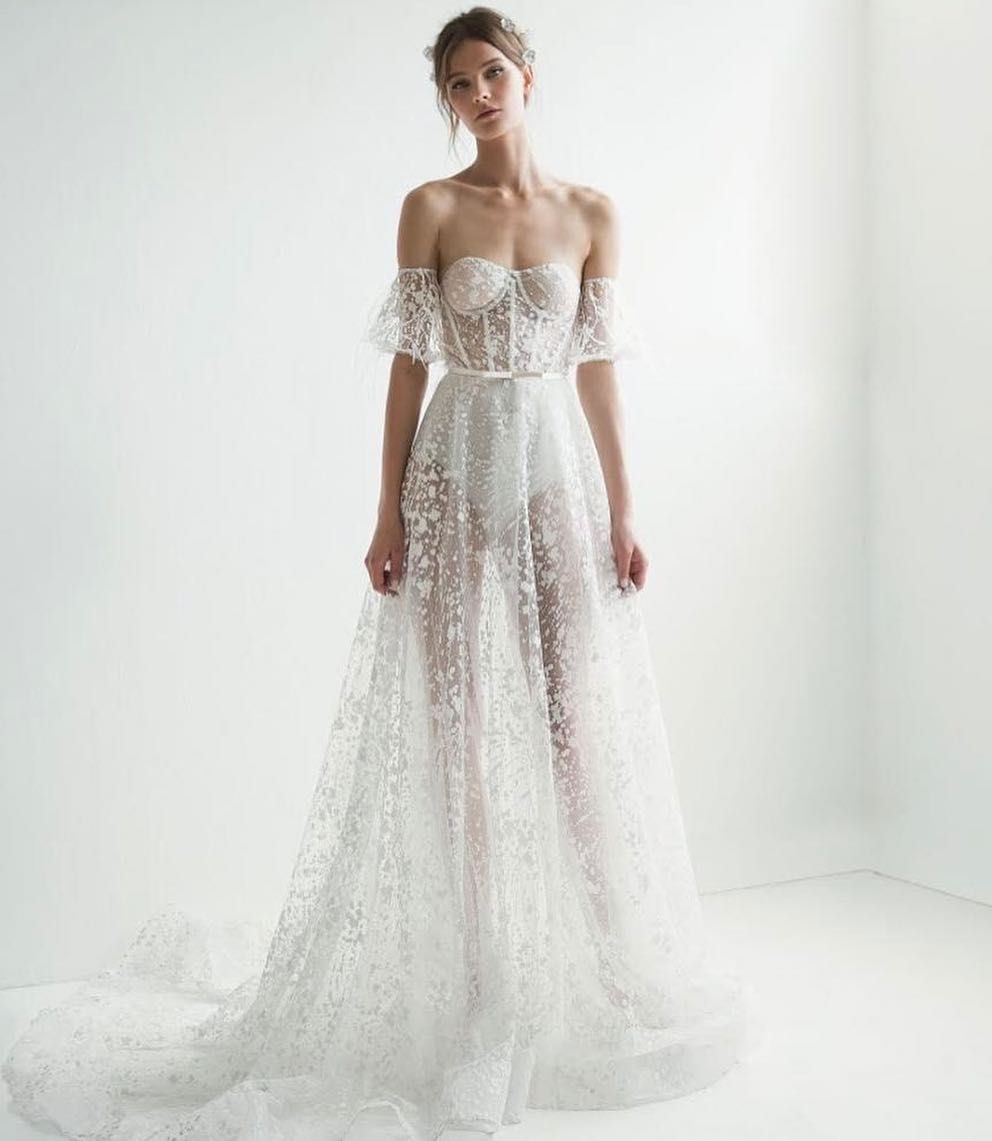 Channel The Red Carpet On Your Wedding Day In This