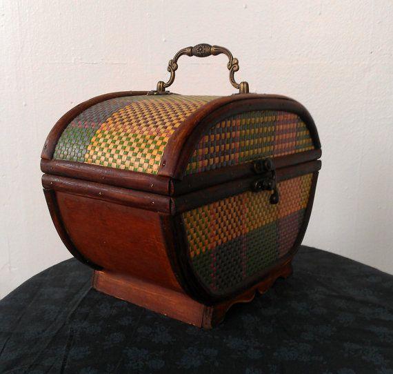 Vintage Wood Basket Purse by SecretWindow on Etsy, $18.00