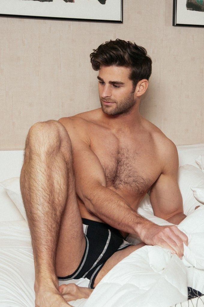 salvatore ♂   Chest Hair and Handsome Faces 2   Pinterest   Imagens 4be8c33640