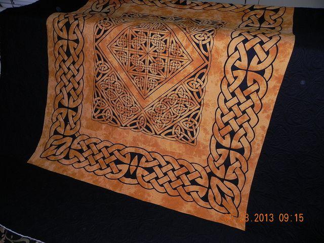 Celtic Knots, quilted, off the frame, trimmed   Celtic knotwork ...