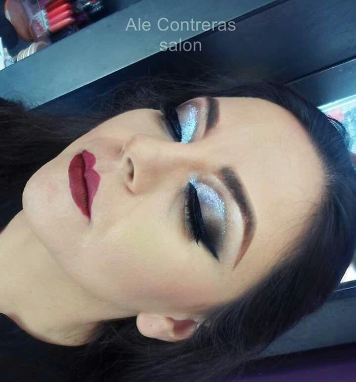 Maquillaje graduacion, labios tintos Vampy lips makeup – Maquillaje
