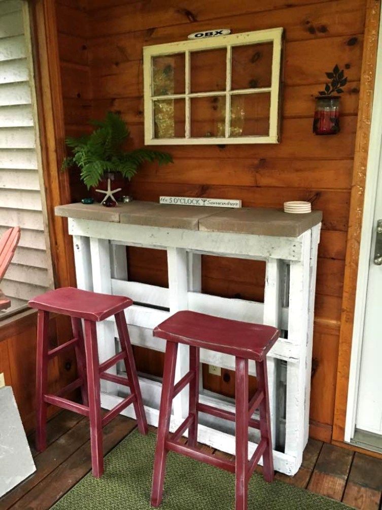 Awesome Pallet Bar   30 Best Picket Pallet Bar DIY Ideas For Your Home