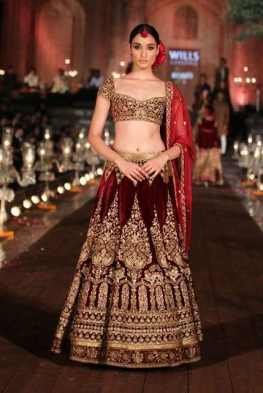 30 Gorgeous Designer Bridal Lehengas By Famous Indian Designers