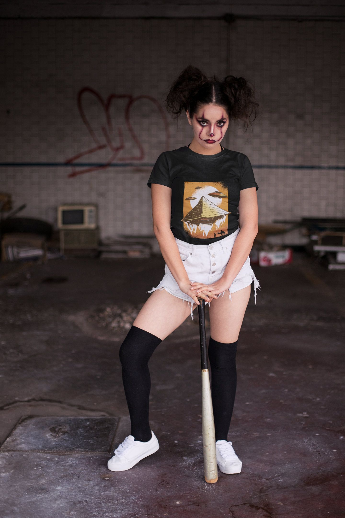 Ufo Shirt, UFO Pyramid Shirt,Alien Abduction ,Alien Shirt,Aliens Shirt,Area 51,Ufo Clothing,Ufo Egypt Short-Sleeve Unisex T-Shirt #area51partyoutfit