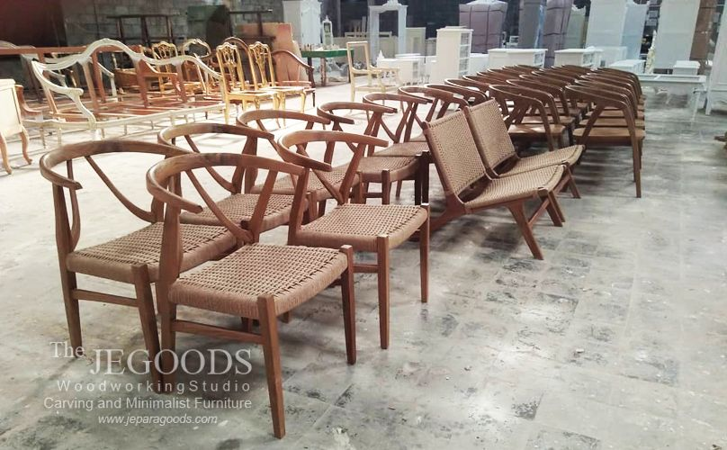 We manufacture and supply #vintage #scandinavia #retro chair furniture for private house or commercial use. Available at #wholesale price.  Browse our #ScandinavianFurniture collection on www.jeparagoods.com    #danishfurniture #jeparafurniture #jeparagoods #vintagefurniture #retrofurniture #cafechair #kursicafe #teakfurniture #teakchair  #midcenturyfurniture #indonesiafurniture