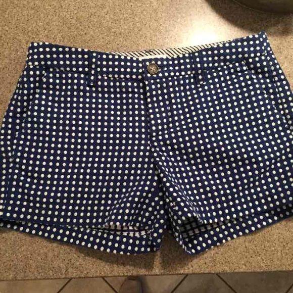 Adorable polka dot shorts Navy & white polka dot shorts, great condition ! Only worn 2-3 times! Merona Shorts