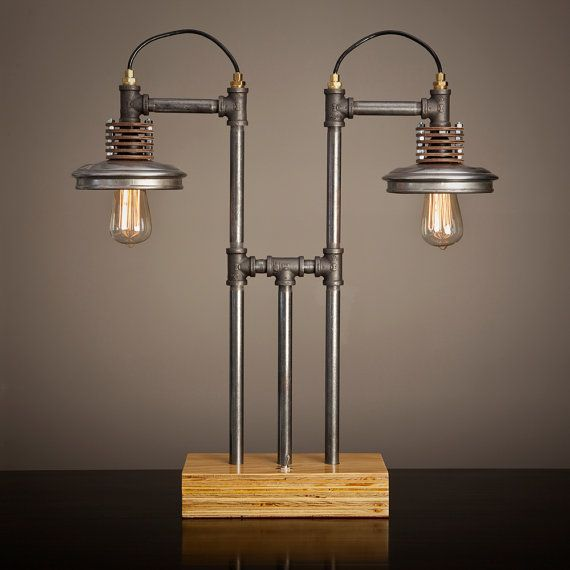 Iron pipe lamp with wood base for 5 lampen an eine leitung