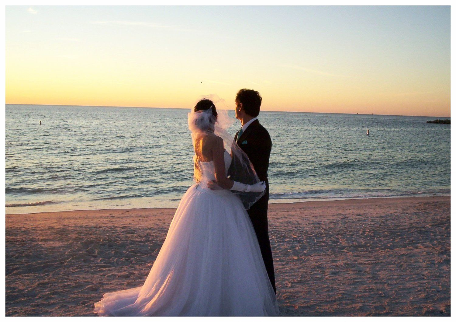 50+ Sunset beach wedding pictures ideas in 2021