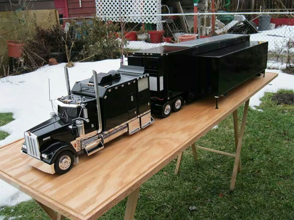 Related image 1 25 model semi trucks pinterest scale for Metal craft trailers parts