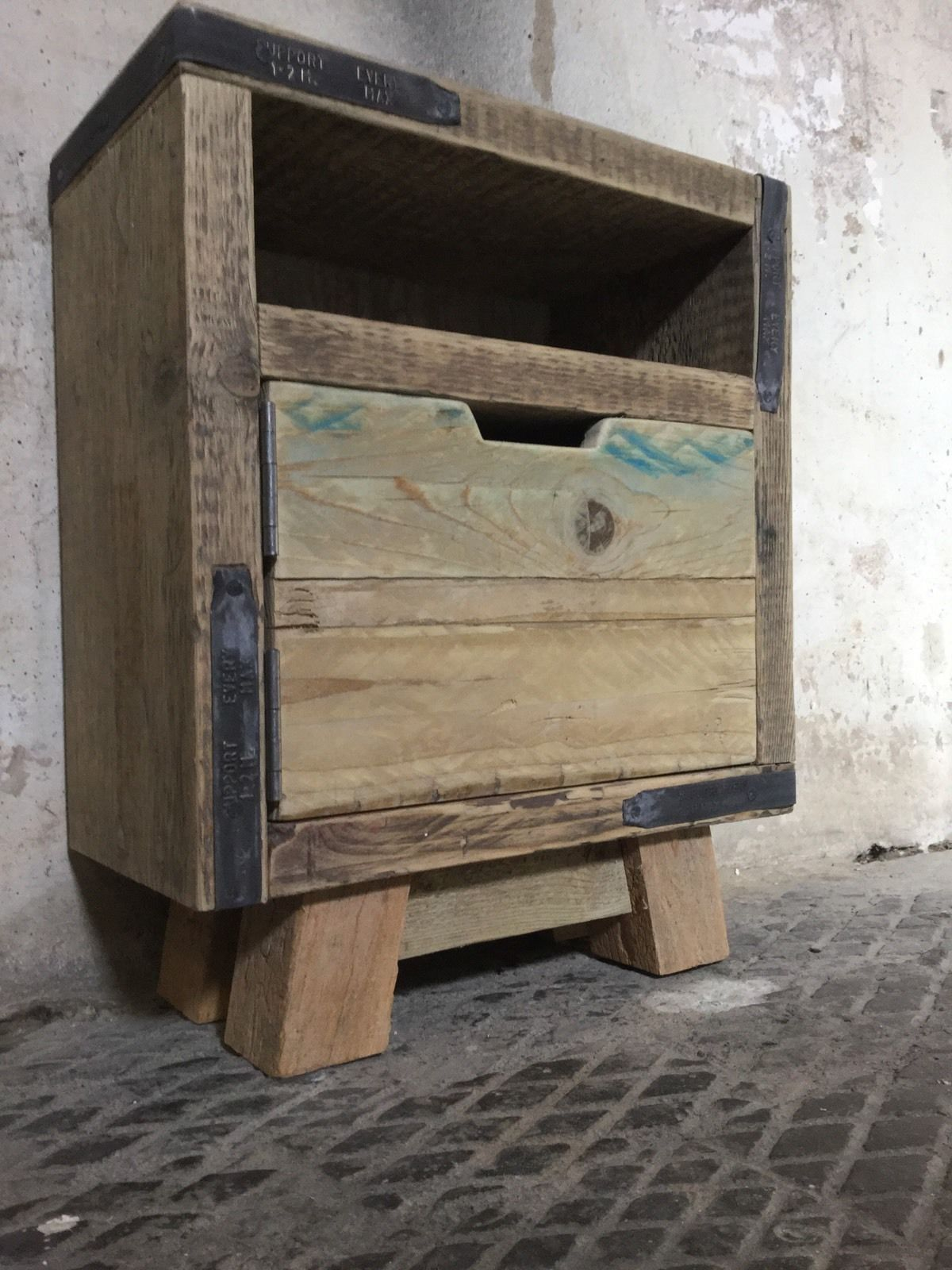 Rustic Wood Bedside Table: Pair Of Rustic Bedside Table Solid Reclaimed Industrial
