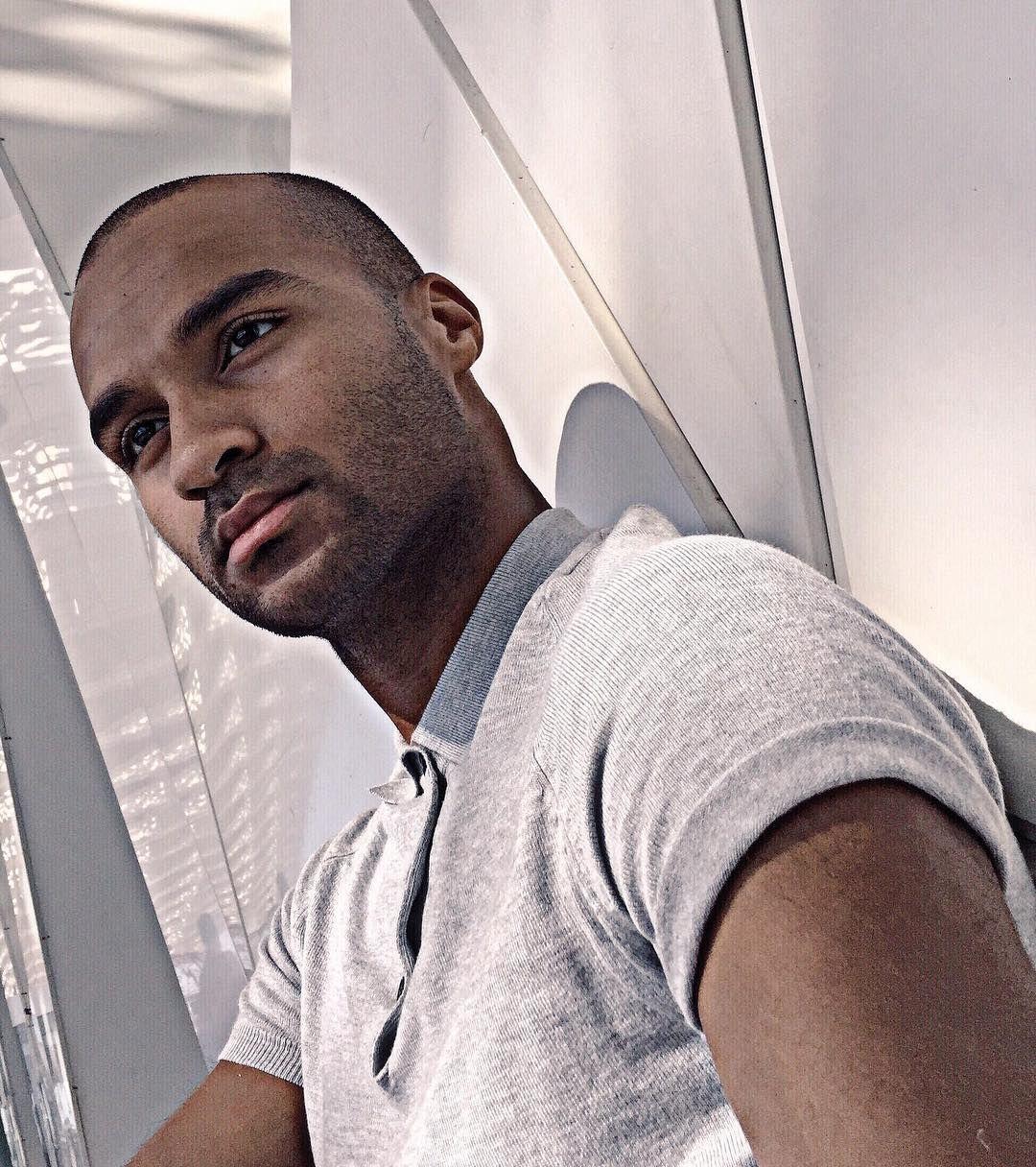 #morocco #marrakech #travelgram #boy #picoftheday #travel #vscocam #vsco  #igdaily #travel #africa #man #guy #gay #model #urban #filter #capture  #blackman ...