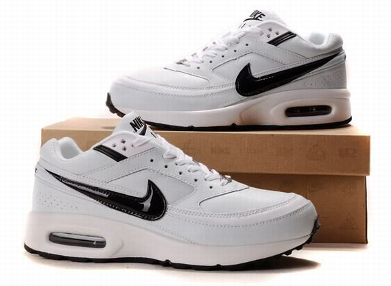53803260fe735 Hommes Nike Air Max BW Chaussures Blanc Et Noir Zapatos Deportivos