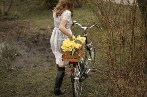 #flowers in a #bike basket. swoon.