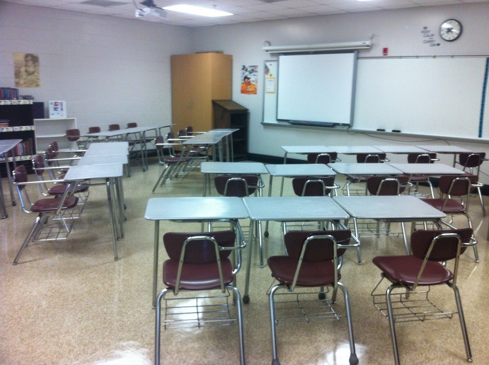 Middle school classroom arrangement/ desk arrangement ...