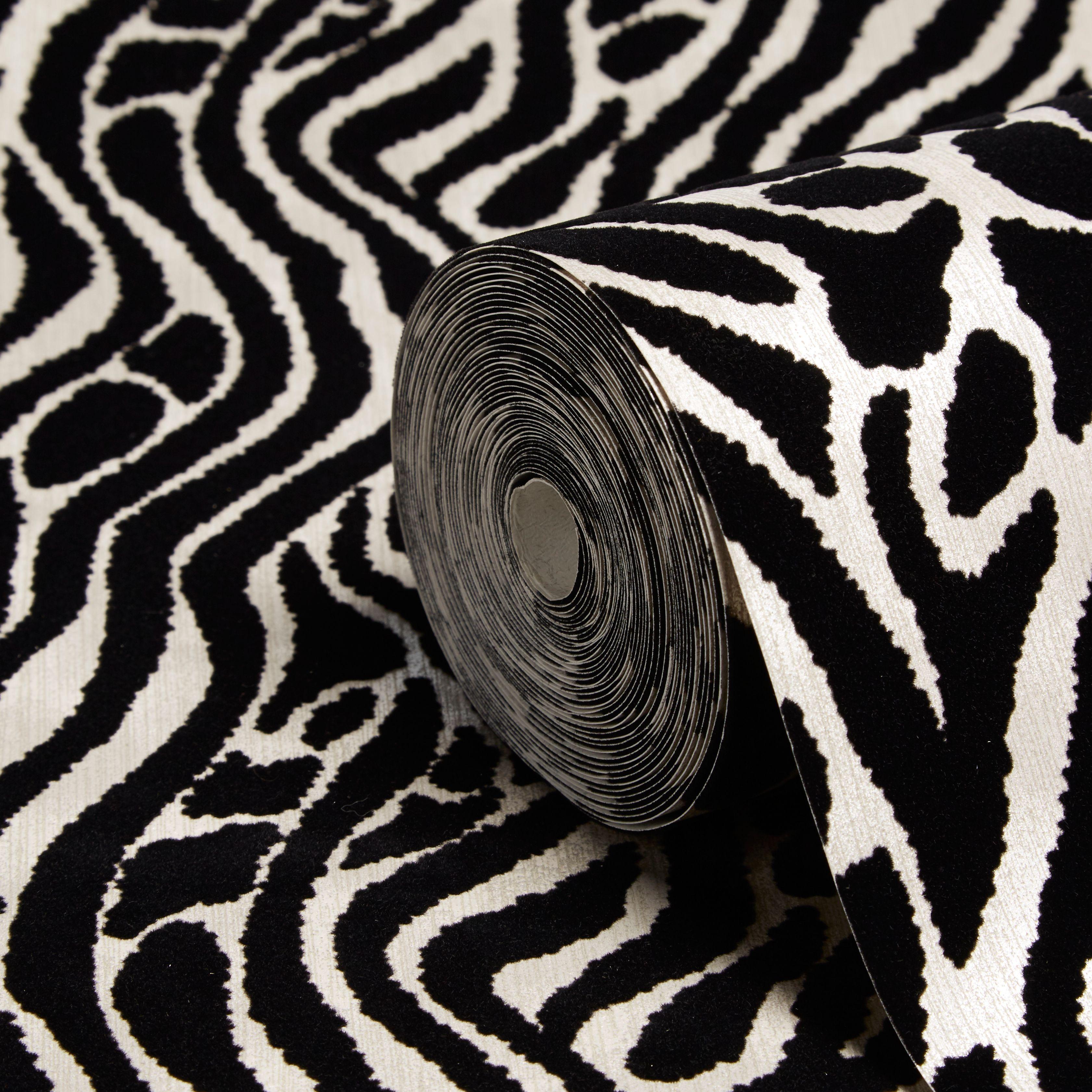 Graham Brown Julien Macdonald Black Silver Animal Print Wallpaper Departments Diy At B Q