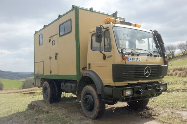 Mercedes benz 1820 4x4 right hand drive expedition truck for Mercedes benz 4x4 truck