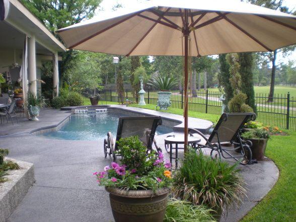 House On Golf Course Backyard Ideas