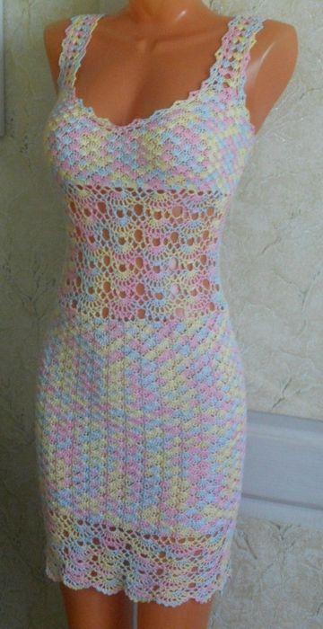 Les motifs robe fil de travail de crochet coloré gratuits - modèles gratuits #crochetdress
