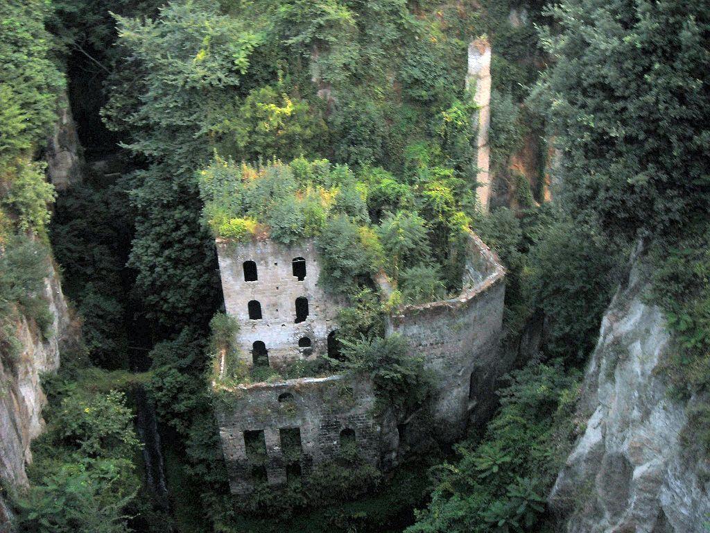 sorrento old mill - Google zoeken | Sorrento old mill, an example ...